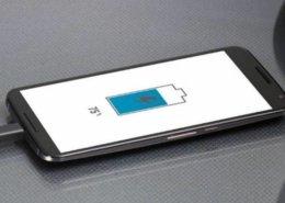 Como consertar a entrada do carregador do celular