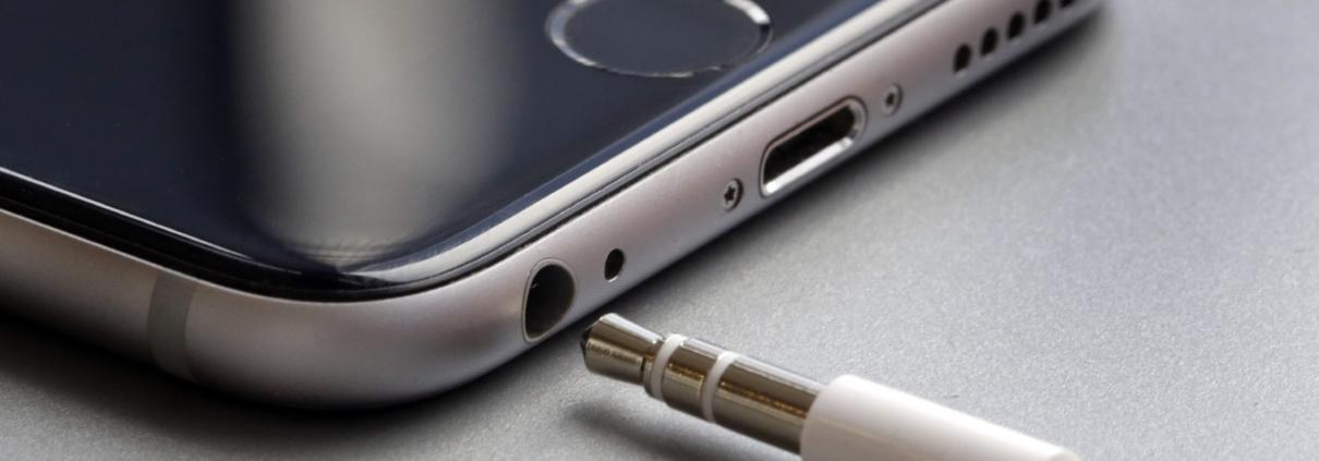 iPhone: Quanto custa para arrumar a entrada do fone de ouvido