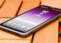 Conserto de tela Samsung S8 O que pode ser - Akiratek