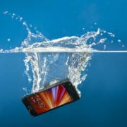 Entrou água no celular e touch screen não funciona - Akiratek